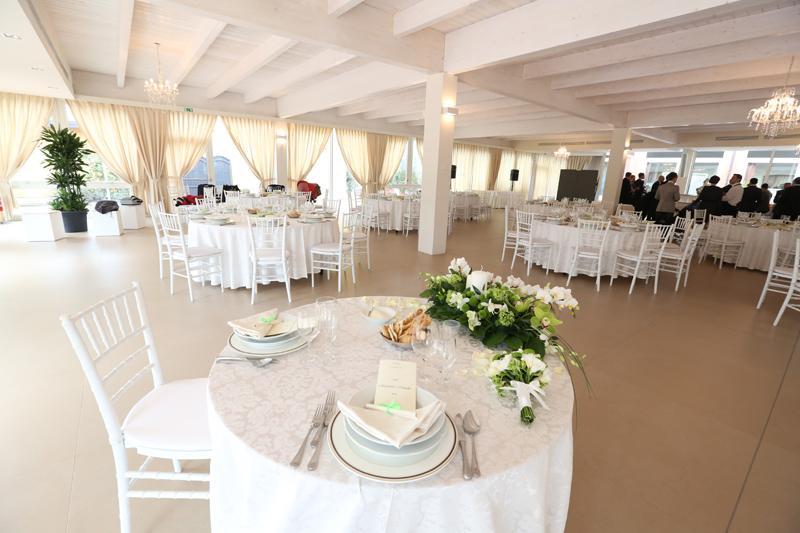 Wedding: Il salone delle feste allestito per un matrimonio